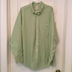 🆕Brooks Brothers button down shirt
